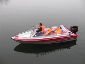 468型凹甲板快艇