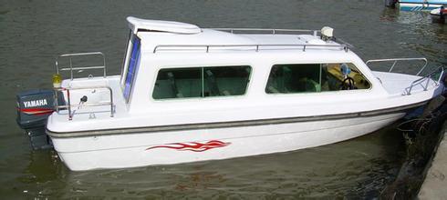 650型全棚快艇